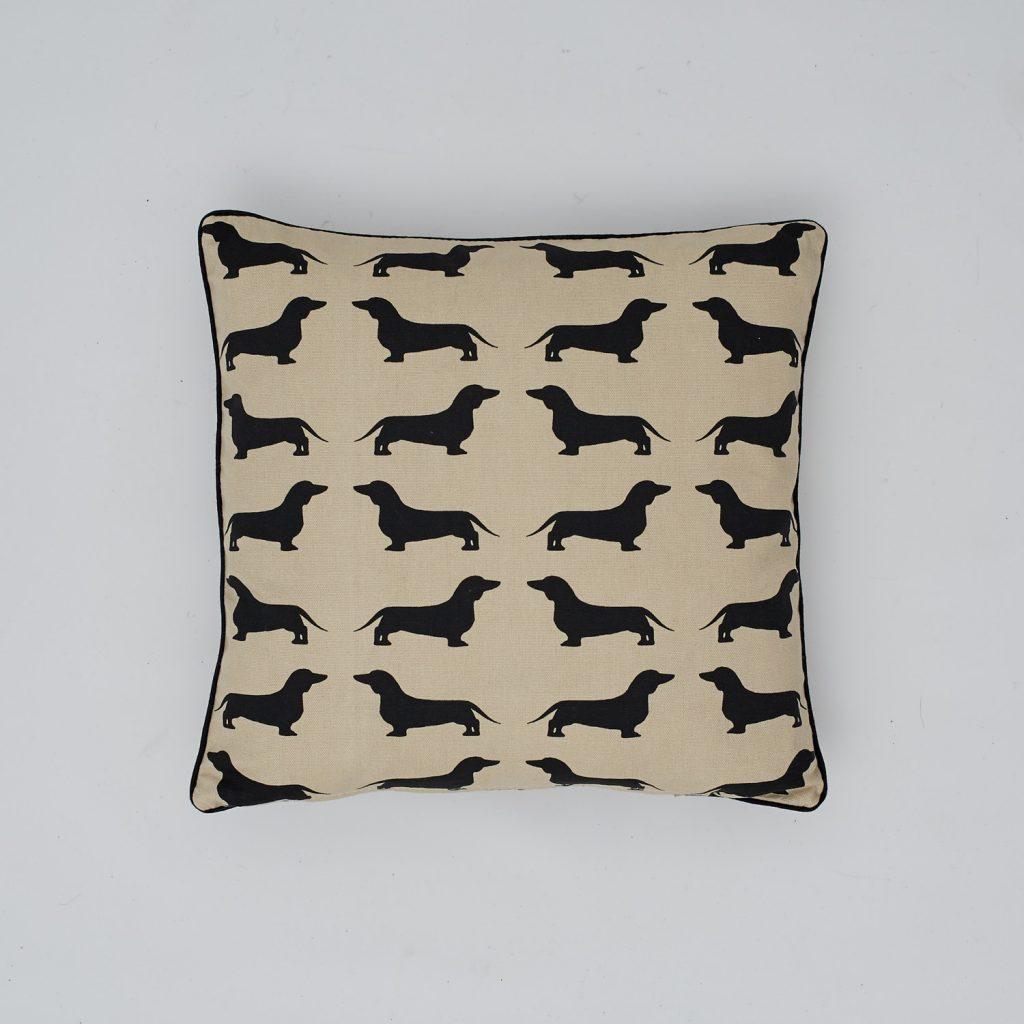 The Labrador Company-Black Dachshund Cotton Cushion 1