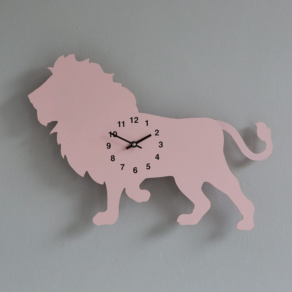 The Labrador Co.-Pink Lion Clock with wagging tail - last one! 1